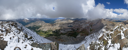 panorama from the summit of Mount Columbia in the Colorado Collegiate Range Banco de Imagens - 92793887