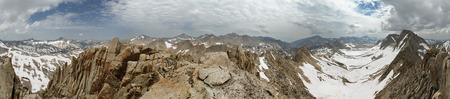 360 degree summit panorama from Bearpaw Peak in the Sierra Nevada Range of California
