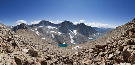 ラマルク・コルとダーウィン山とメンデル山のダーウィンキャニオンのパノラマ 写真素材