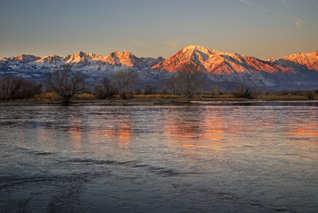early morning landscape near Bishop California in the Owens Valley looking at the Sierra Nevada Mountains Banco de Imagens - 94902889