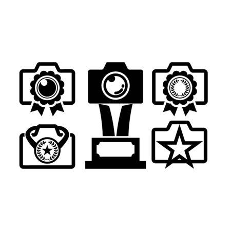Award emblem camera logo icon. Photo studio vector. Shutter lens icon. Photography brand. Photographer identity.
