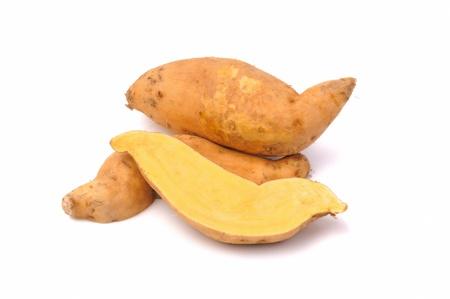 batata: La batata aislado sobre fondo blanco