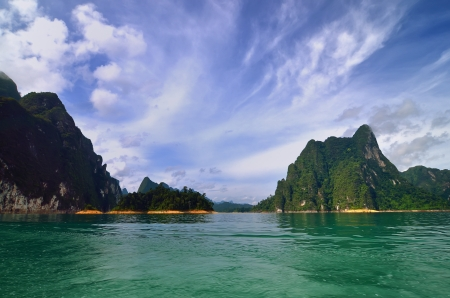 Chiao Lan Lake at Khao Sok National Park, Thailand Stock Photo - 20851041