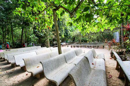 retreat: rock and tree shady dhamma retreat