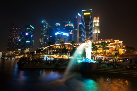The Merlion park and citysccpae at night