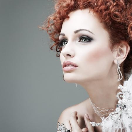 Les cheveux roux. Portrait.Accessorys fashion girl. Banque d'images