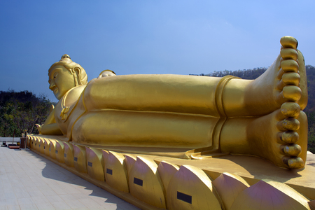 Reclining Buddha is another form of Buddhist art that can be seen in Thai ntemples.