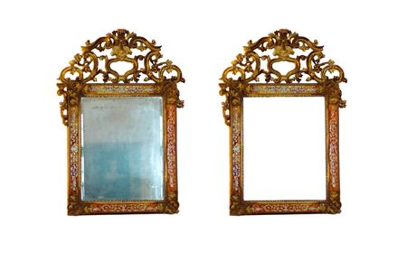 Vintage mirror and and blank frame Stock Photo - 17229641