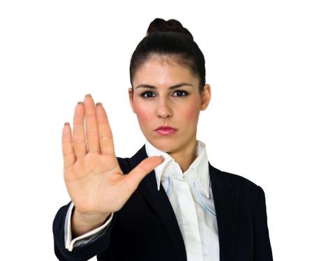 weta: Młody gniewny piękna kobieta z przystanku gestem dłoni na białym Zdjęcie Seryjne