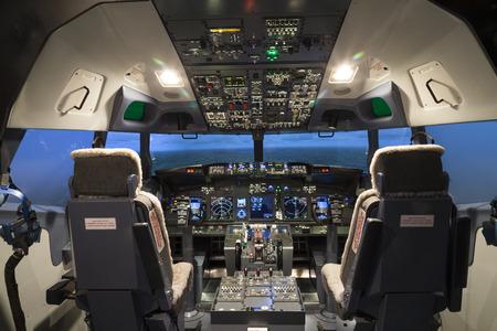 Ambiente do cockpit no simulador de vôo
