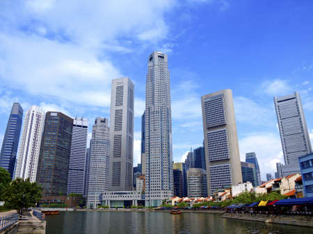 Singapore skyscrappers and the river