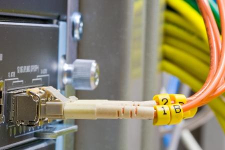 Centro di tecnologia con fibra ottica di patch nucleo attrezzature Archivio Fotografico