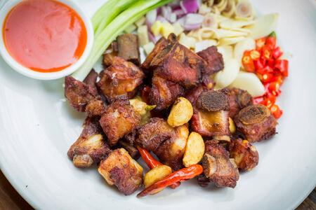 Thailandia cibo, Costine di maiale