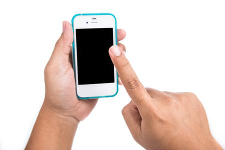 Le mani sono in possesso e che punta su Smart Phone Isolati su bianco