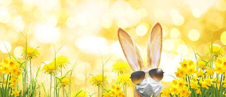 Easter composition with Coronavirus theme. Easter quarantine Imagens