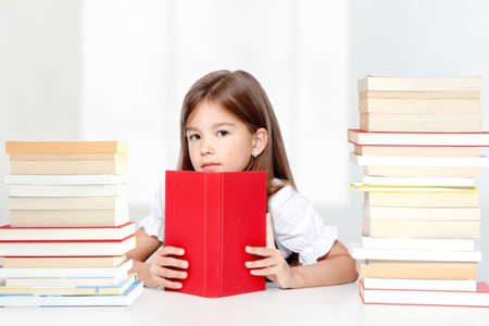 Back to school. Concept of education, reading and learning. Фото со стока