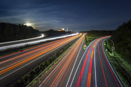 Highway A2 in Hannover, Germany at night in long exposure with traffic Stockfoto