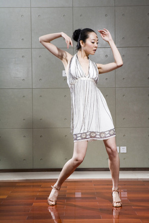 A Dancing Young Woman LANG_EVOIMAGES