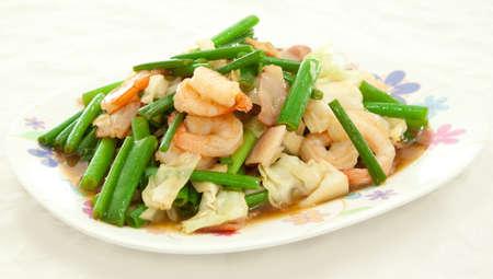 onion flower stem fried with shrimp