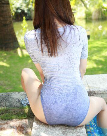 Female with big bottom posing nude, sexy girl with big bum Stock Photo - 124939181