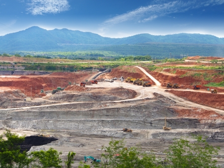 Open Pit  Lignite Mine in Maemoh mine, North of Thailand Stok Fotoğraf - 20916351