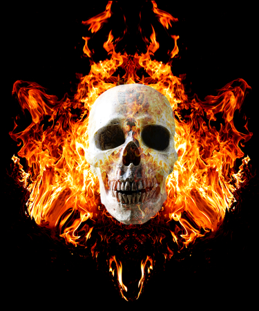 Head skull in flame on dark black background. the symbol of dead. Foto de archivo - 111019139
