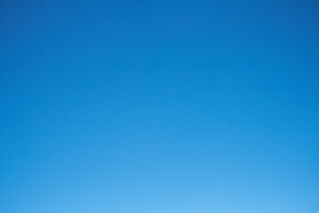the clear blue sky without clouds. 版權商用圖片 - 111019140