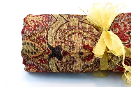 foulards: Sciarpe con arte texture su sfondo bianco