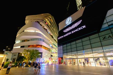 Bangkok, Thailand - August 12, 2016: Emquartier shopping mall at BTS Phrom Phong station Редакционное