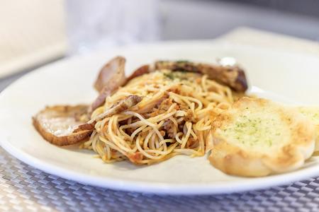 marinara sauce: Spaghetti with Pork Chashu, selective focus