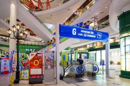 Nakhon Ratchasima, Thailand - November 28, 2020: TERMINAL 21 is a new shopping mall in Korat, TERMINAL 21, Nakhon Ratchasima Фото со стока - 162967142