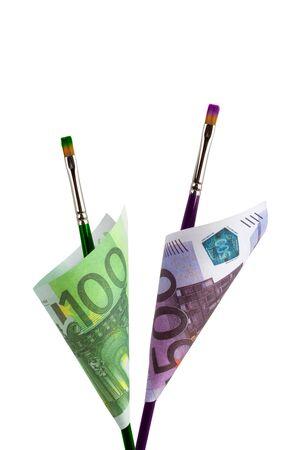 dinero falso: imagen en color dinero f�cil falso concepto aislado en un fondo blanco