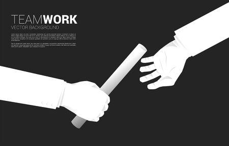 Nahaufnahme der Hand, die Taktstock im Staffellauf zwischen Geschäftsmann weitergibt. Geschäftskonzept für Teamwork und Partnerschaft