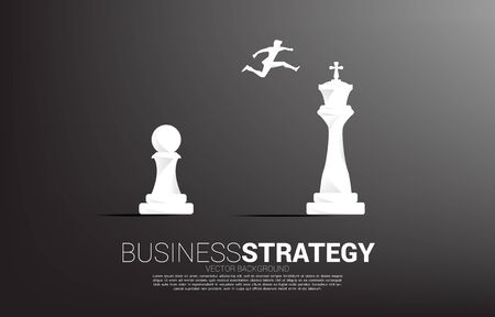 Silhouette of businessman jumping on chess piece from pawn to king. Concept of Goal, Mission and business strategy Vecteurs
