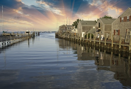 cape cod style: Sky kleuren over Nantucket Homes, Massachusetts