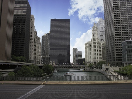 american midwest: Skyscrapers of Chicago and its River, Illinois