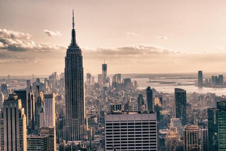 the center of the city: Rascacielos de Nueva York en invierno, EE.UU.