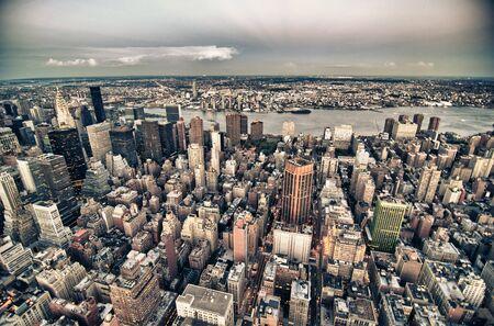 imperium: New York bij Nacht van het Empire State Building