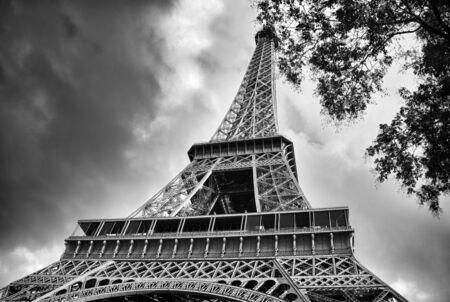 la tour eiffel: La Tour Eiffel in Paris, bottom view, France