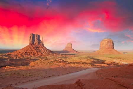 west: Rocks and Colors of Monument Valley, U.S.A.