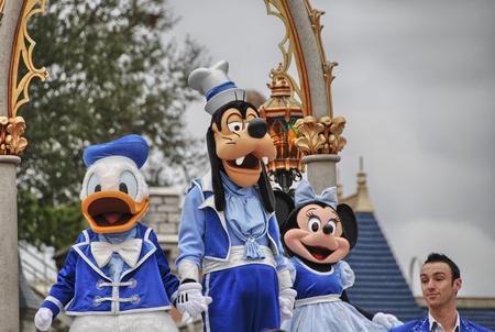laço: ORLANDO - 02 de janeiro: Walt Disney Resort detalhes em um belo dia de inverno, 02 de janeiro de 2008, em Orlando. O parque de divers