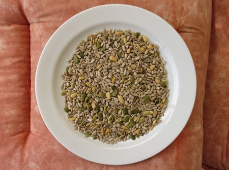 mixture: Seed mixture of Pumpkin, sunflower and sesame seeds