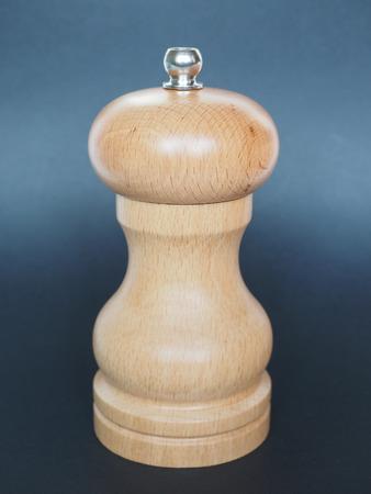 pepper grinder: traditional wooden mushroom shaped pepper grinder
