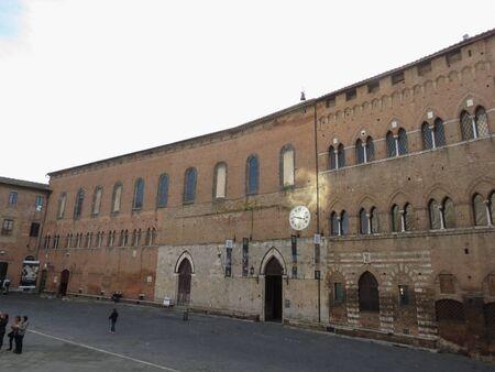 crossway: Siena, Italian medieval town - Ospedale di Santa Maria della Scala