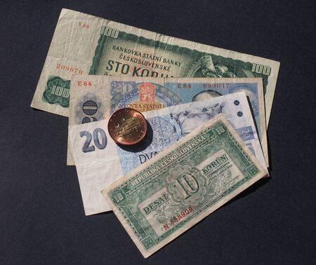 Czechoslovakian money withdrawn when Czechoslovakia split in 1993