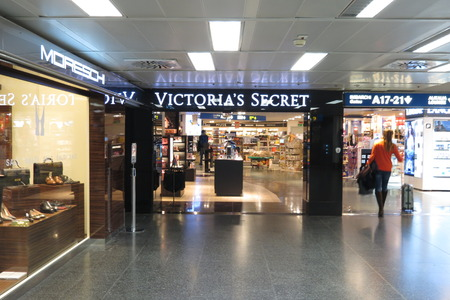 victoria secret: Victorias Secret brand store