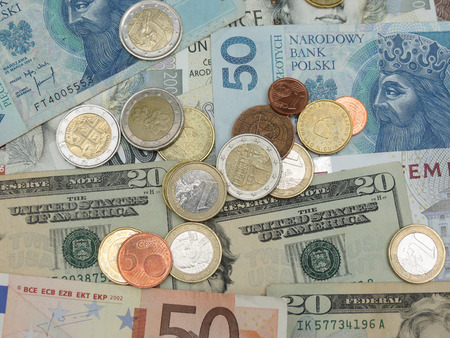 usd: Mixed currency notes - USD, EUR, SEK, PLN, CZK