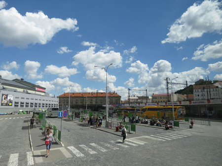 republika: PRAGUE, CZECH REPUBLIC - CIRCA JULY 2016: Florenc bus station with coaches and passengers Editorial