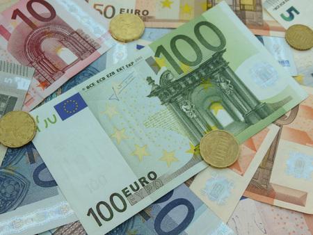 tender: Euro (EUR) banknotes - legal tender of the European Union