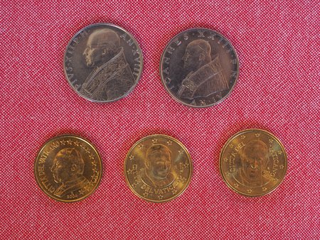 pius: Vatican City State coins (VAL and EUR) bearing the portraits of Pope Pius XII, John XXIII, John Paul II, Benedict XVI and Francis I